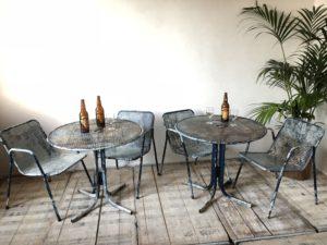 Tables et chaises de terrasse