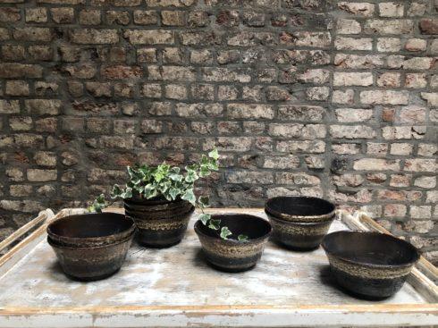 caches pots vintage