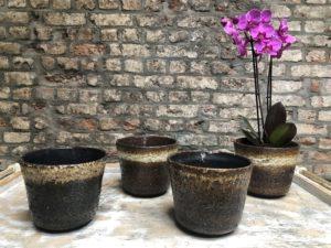 caches pots en céramique