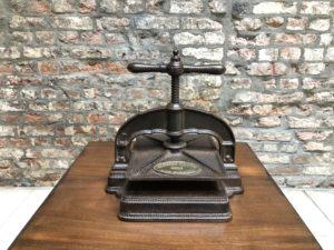 Ancienne presse
