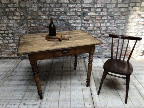 ancienne table de cuisine