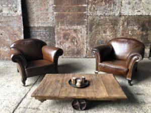 anciens fauteuils 1 place en cuir