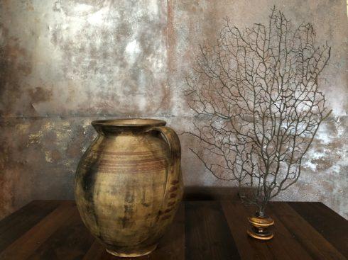 jarre de style primitif