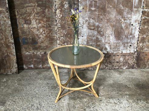 table basse vintage rotin et verre