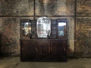 ancien arrière comptoir de café