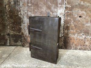 ancienne étagère de forge
