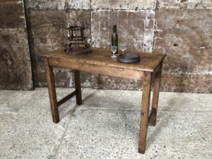 ancienne table haute en bois - table de cuisine