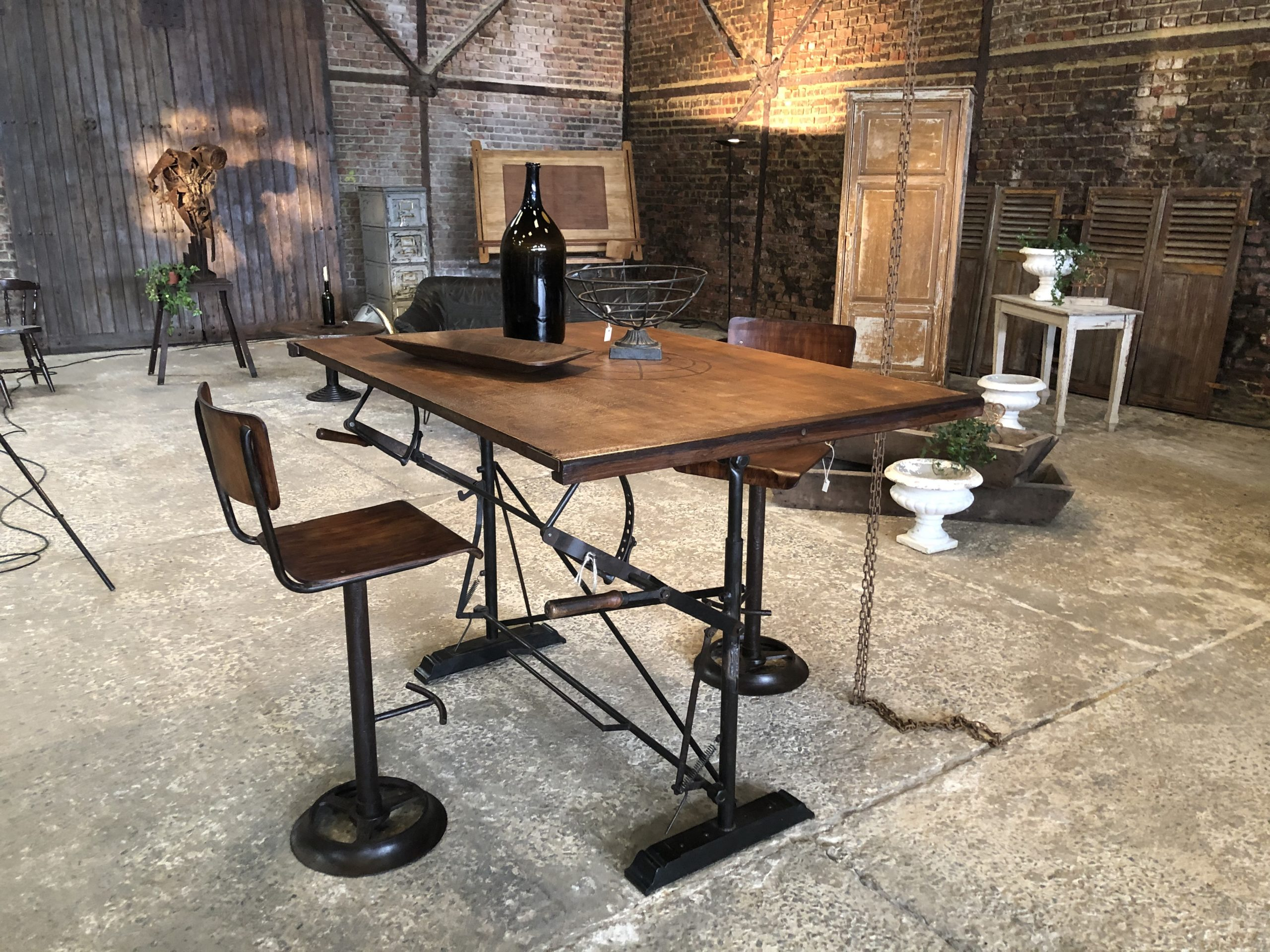 table mange debout industrielle