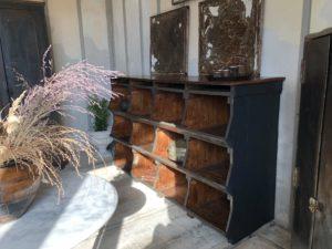 ancien grainetier meuble de métier meuble à casiers meuble à tiroirs