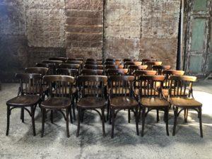Lot anciennes chaises bistrot bois foncé