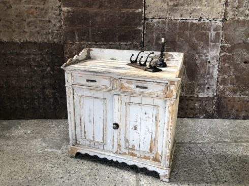 ancienne commode patine blanche