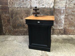 petit comptoir en bois patine noir