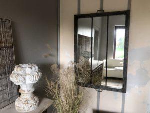 Miroir industriel patine grise