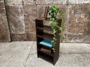 Petite étagère en bois patinée