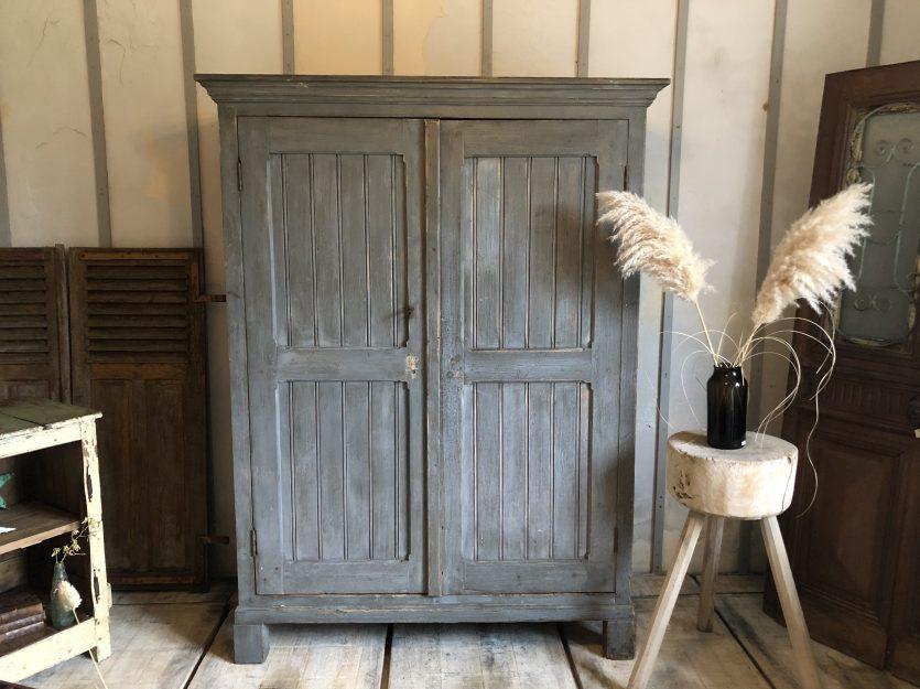 Armoire d'atelier patine grise