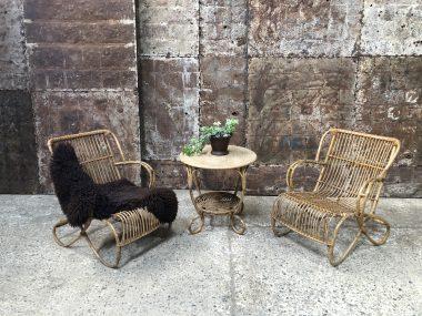 anciens fauteuils en rotin