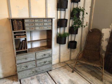 Ancien meuble de métier - mercerie patiné bois